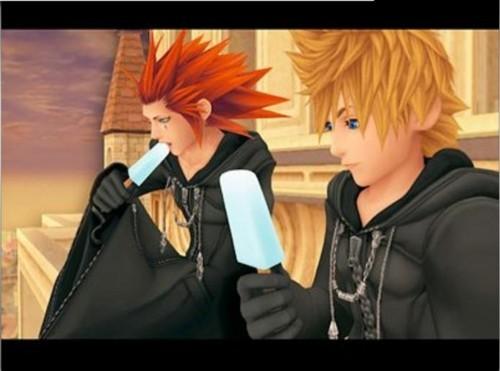 Kingdom Hearts: Roxas & Axel